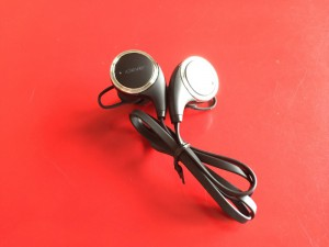 Test des écouteurs sports sans fil via bluetooth 4.1 d'iClever