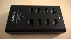 Test du chargeur Universel Portable avec 8 ports USB d'Aukey