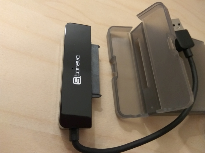 test du storeva klik un boitier pour disque dur externe usb 3 0 sans vis place4geek. Black Bedroom Furniture Sets. Home Design Ideas